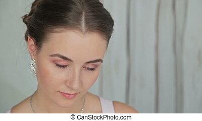 gyönyörű, frizura, nő, fiatal, finom, konfekcionőr, portré, meglehetősen
