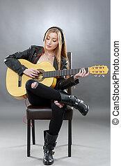 gyönyörű, gitár, szőke, fiatal, klasszikus