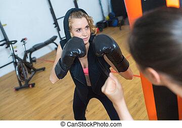 gyönyörű, képzés, nő, kickboxing