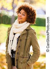 gyönyörű, külső, emberek,  -, fiatal, Ősz, amerikai, nő, fekete, afrikai, portré