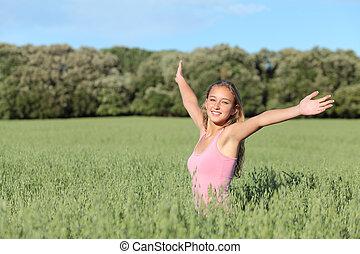 gyönyörű, kaszáló, zöld, tizenéves, leány, boldog