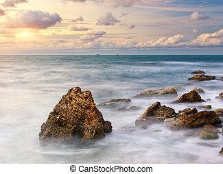 gyönyörű, kilátás a tengerre
