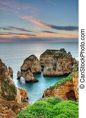 gyönyörű, kilátás a tengerre, sunrise., lagos, portugália, algarve.