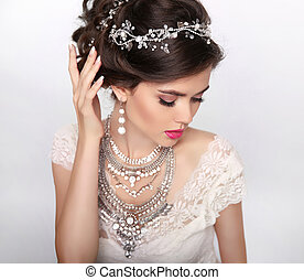 gyönyörű, mód, fényűzés, frizura, jewelry., makeup., szépség, portrait., esküvő, haj, style., kisasszony, elszigetelt, képben látható, műterem, háttér.