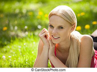 gyönyörű, nyár, szőke, nő, élvez