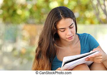gyönyörű, tízenéves kor, tanulás, liget, diák, leány