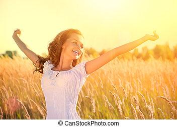 gyönyörű, tízenéves lány, szabadban, élvez, természet