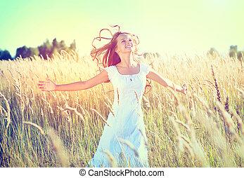 gyönyörű, tizenéves, természet, szabadban, leány, élvez