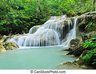 gyönyörű, tropikus, vízesés, erdő, eső