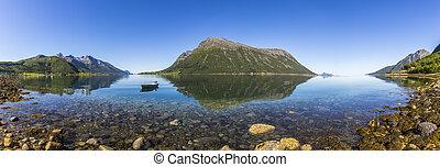 gyönyörű, visszaverődés, közül, hegyek, alatt, norvégia