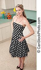 gyönyörű woman, alatt, konyha