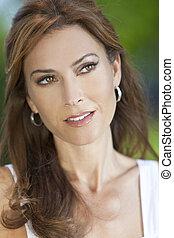 gyönyörű woman, harmincas, neki, fiatal, külső, portré