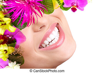 gyönyörű woman, smile., fog