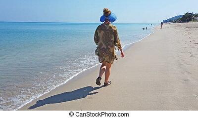 gyalogló, nő, tengerpart