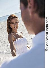 gyalogló, woman táncol, párosít, tengerpart, üres, ember