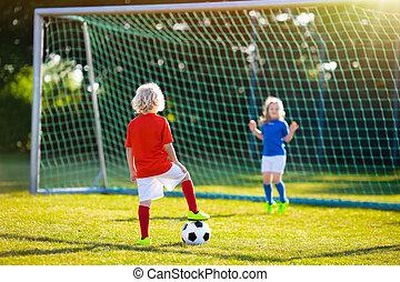 gyerekek, játék, football., gyermek, -ban, futball, field.