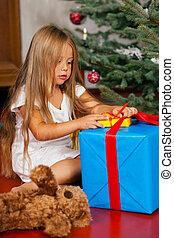 gyermek, nyílás christmas ajándék