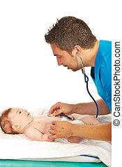 gyermekorvos, megvizsgál, csecsemő