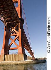 gylden låge bro, af, en, båd, under, den, bro