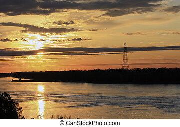 gylden solnedgang, bag efter, skyer