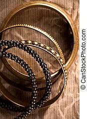 gyllene, årgång, armband