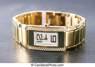 gyllene, kvinna, armbandsur, lyxvara