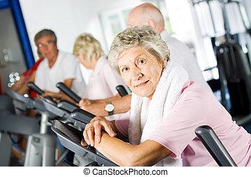 gym, ouder, het uitoefenen, mensen