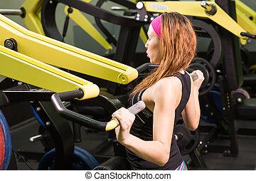 gym, vrouw, het uitoefenen, machine.