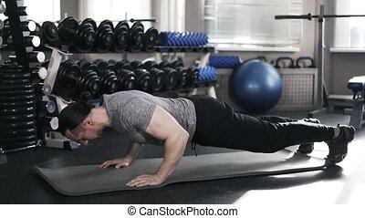 gymnase, jeune, musculaire, poussée, augmente, homme