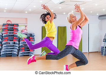 gymnase, zumba., modèles, danse, deux, fitness, exercisme