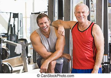 gymnastiksal, män, tillsammans