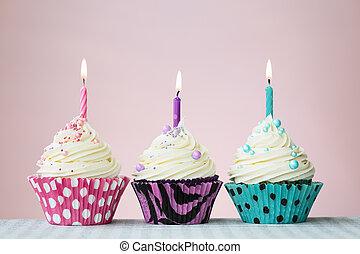 három, születésnap, cupcakes