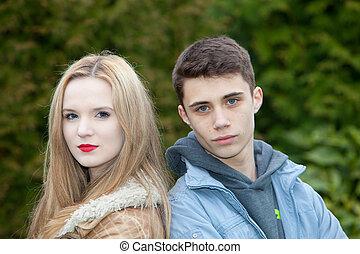 Tizenéves fiatal meztelen