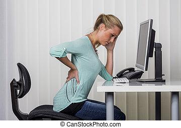 hátfájás, nő, hivatal