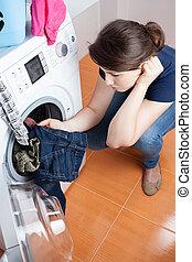 házvezetőnő, kap, to do, a, mosoda