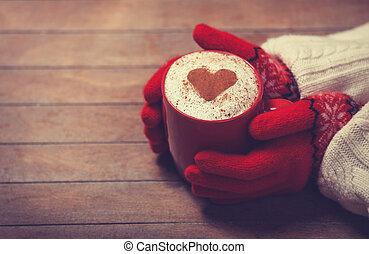 hände, in, fausthandschuhe, besitz, heiß, tasse kaffee