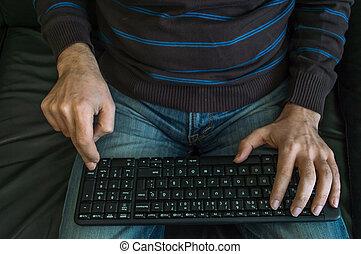 hände mann, auf, tastatur