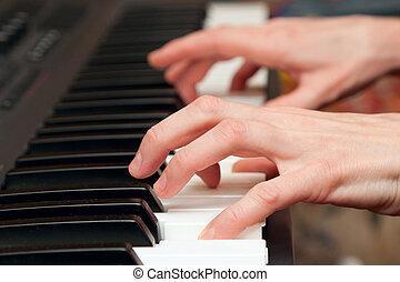 hände, von, der, musiker, auf, a, synthesizer