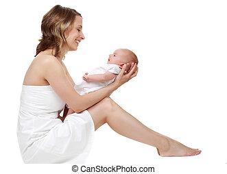 hålla hennes baby moder