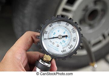 hålla lämna, påtryckning mätare, för, bil, däck, tryck, mätning