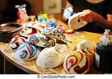 håndlavet, masker, ind, en, værksted, i, craftsmen, venedig