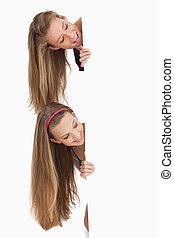 hår, deltagare, länge, underteckna, le, två, bak, tom, närbild