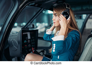 hélicoptère, écouteurs, cabine, femme, pilote
