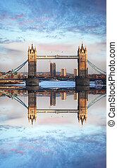 híres, uralkodik bridzs, alatt, london, anglia