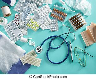 hólyag, orvosi, pirula, orvos, íróasztal, gyógyszerészeti, töm, sztetoszkóp, zöld háttér