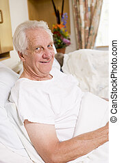 hôpital, personne âgée homme, lit, séance