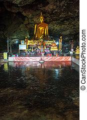 höhle, tempel, in, kanchanaburi, provinz, thailand