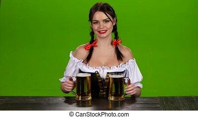 8236a1c834 Nő, ellenző, hagyományos, pohár, sör, kínálat, zöld, jelmez ...