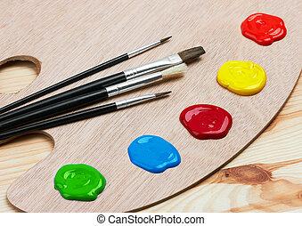 hölzern, kunst, palette, mit, farben, und, bürsten
