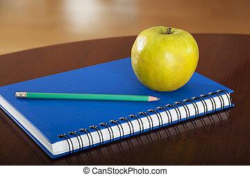Tisch schule clipart  Abbildung von bleistift, schule, begriff, gefärbt, hölzern, laptop ...